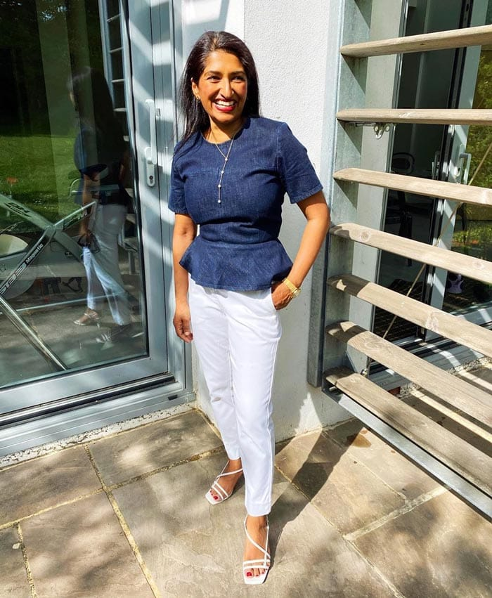 Best white jeans - Monkia wears blue and white | 40plusstyle.com