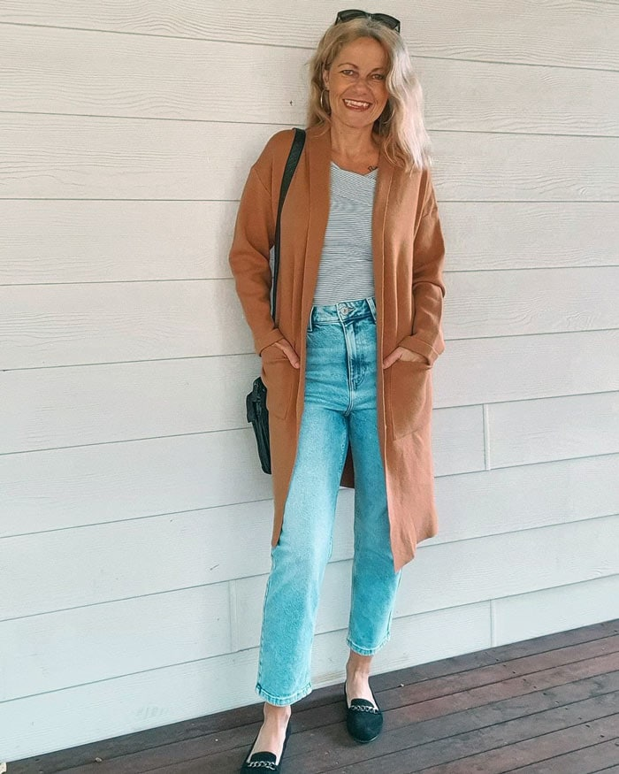 Shelley wears chain style loafers   40plusstyle.com