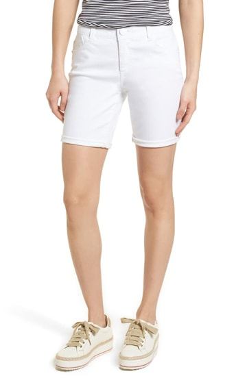 Wit & Wisdom white denim shorts | 40plusstyle.com