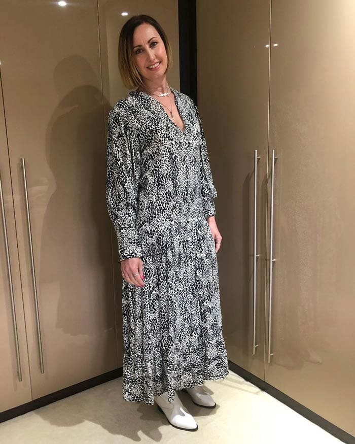 Lou wearing a maxi dress and booties for fall | 40plusstyle.com