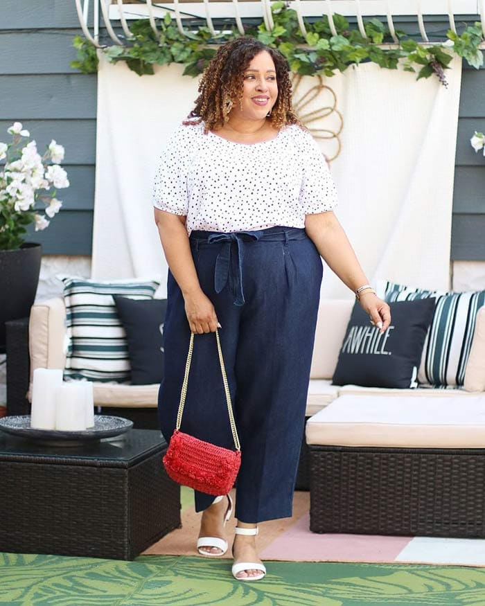 Sandra wears navy and white | 40plusstyle.com
