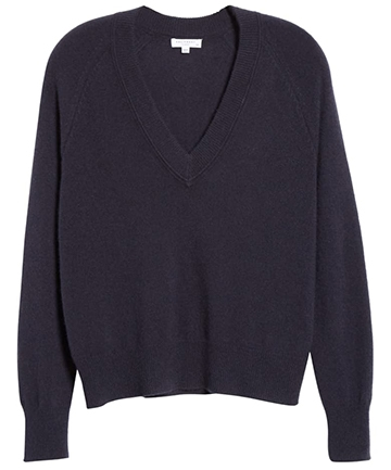 Equipment cashmere sweater | 40plusstyle.com