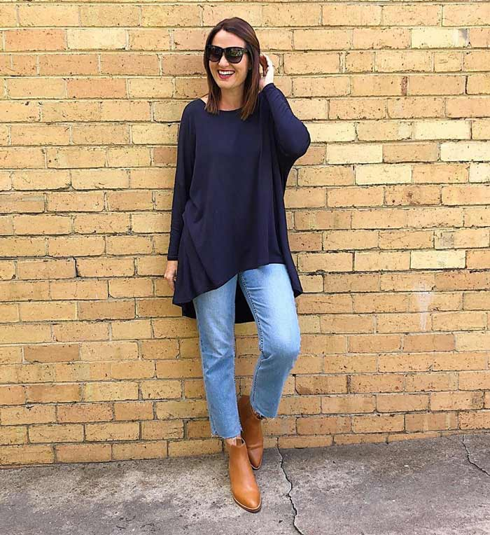 Choose the right tunics that make you look good in your leggings or jeans | 40plusstyle.com