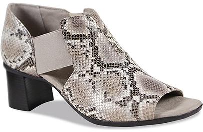 Munro 'Sable' sandal | 40plusstyel.com