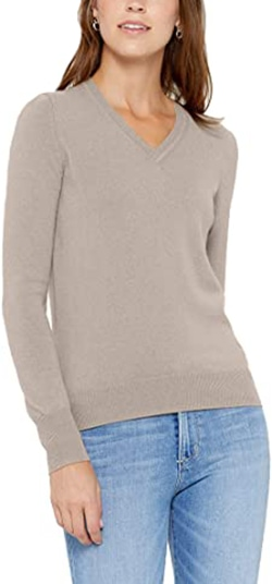 State cashmere V-neck sweater | 40plusstyle.com