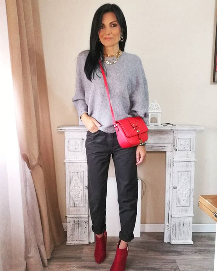 How to wear booties - Armida wears booties with turned up pants | 40plusstyle.com