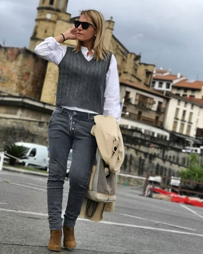 Winter essentials - Nagore wears a white shirt   40plusstyle.com