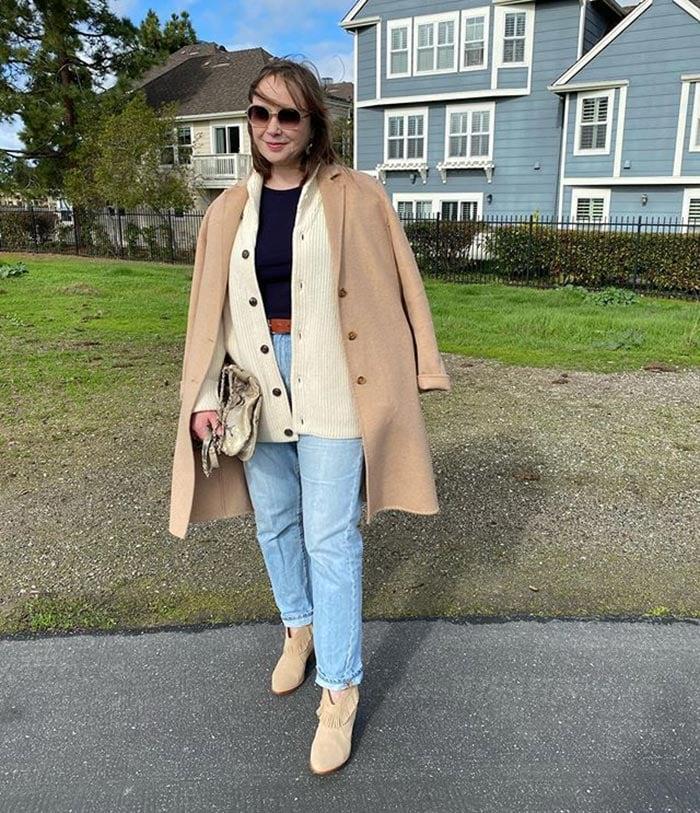 Oxana wears winter layers | 40plusstyle.com