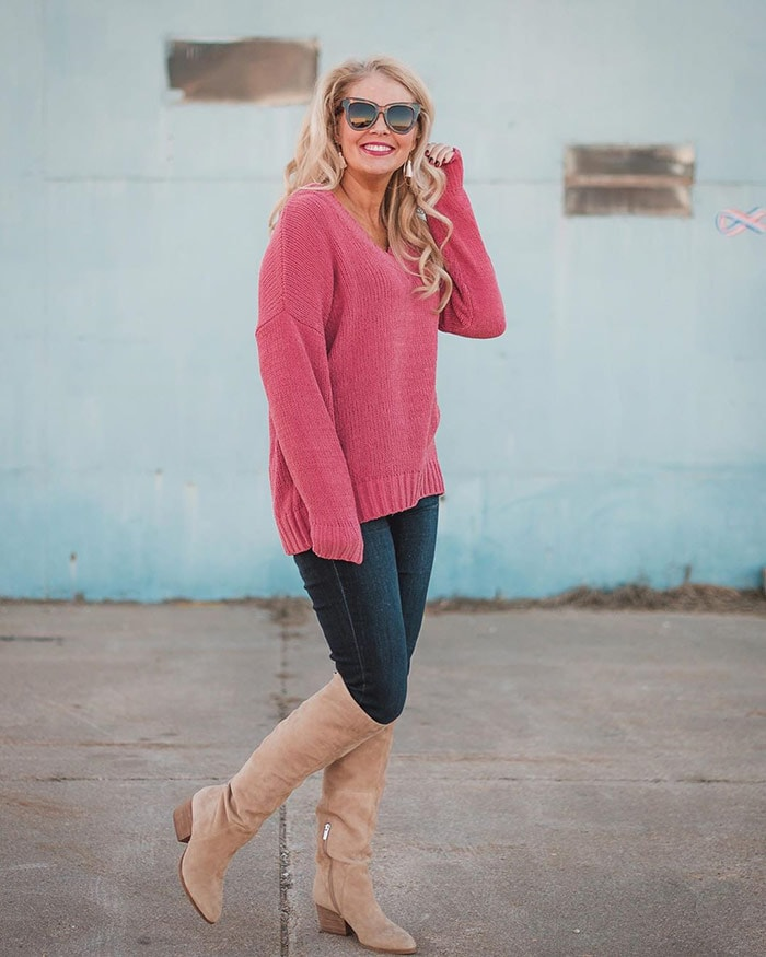 Shanna wears beige boots with jeans | 40plusstyle.com