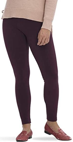 HUE leggings | 40plusstyle.com