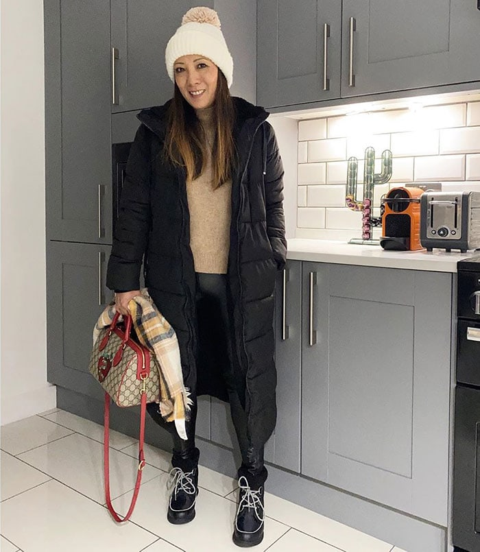 Abi wearing a warm coat for cold weather | 40plusstyle.com