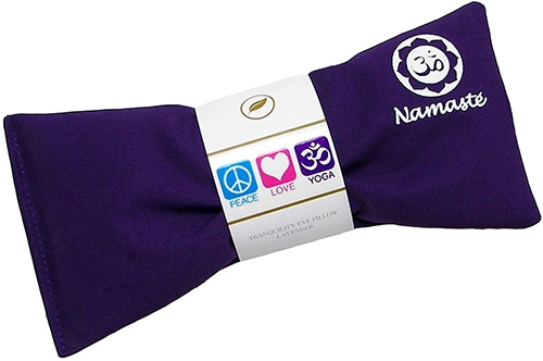 Gifts for relaxation - Happy Wraps Namaste yoga eye pillows | 40plusstyle.com