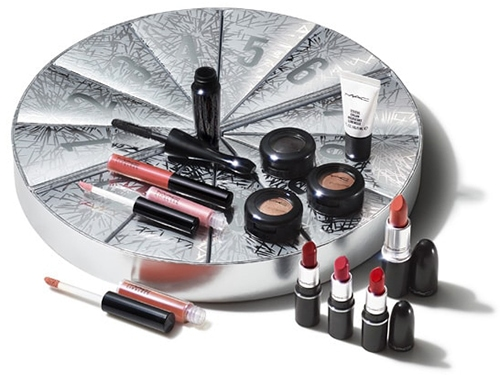 Beauty advent calendars - MAC Boom Boom Wow Mini Advent Calendar | 40plusstyle.com