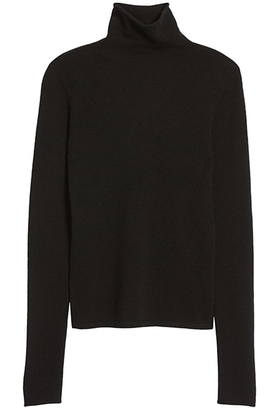 Reformation turtleneck cashmere sweater | 40plusstyle.com