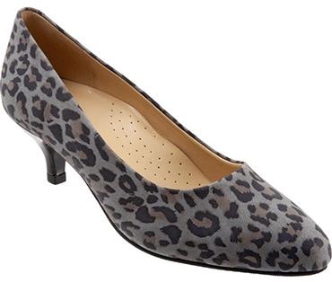 Trotters cheetah print pump | 40plusstyle.com