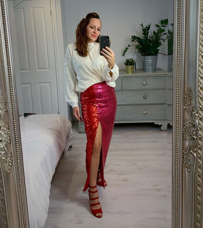 New Year's Eve outfits with sequins | 40plusstyle.com