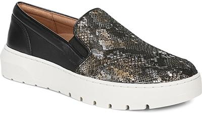 Vionic slip-on platform sneaker | 40plusstyle.com