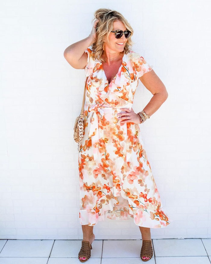 Things that can make you look older - wearing florals | 40plusstyle.com
