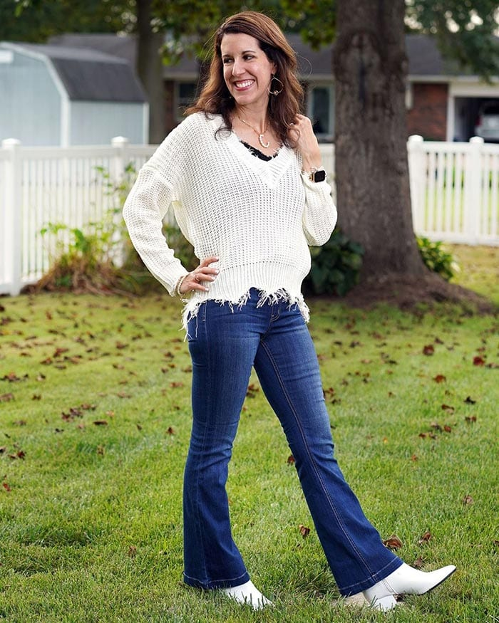 Carrie in jeans and white boots | 40plusstyle.com