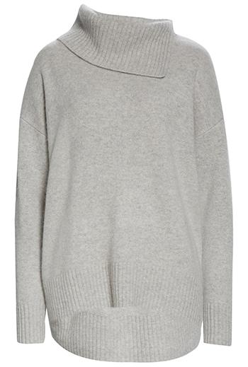 Wardrobe essentials - Nordstrom Signature cashmere pullover   40plusstyle.com