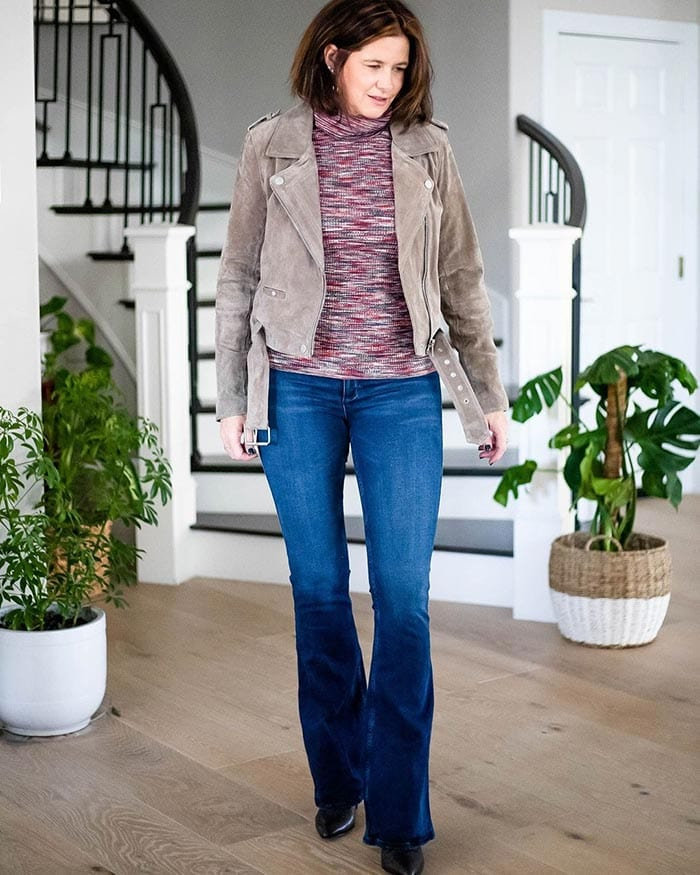 how to dress over 40 - Dahlia wears bootcut jeans | 40plusstyle.com