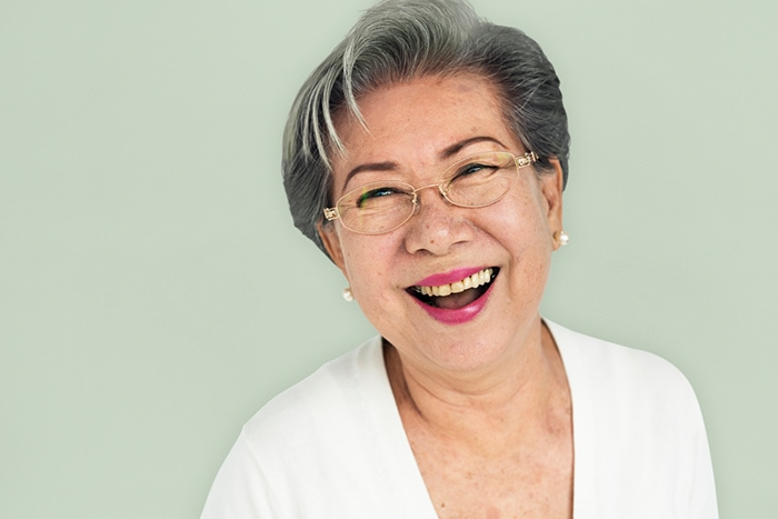 How to decide whether to go gray or not | 40plusstyle.com