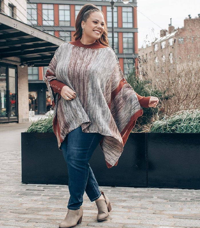 Madeline in a tunic and jeans | 40plusstyle.com