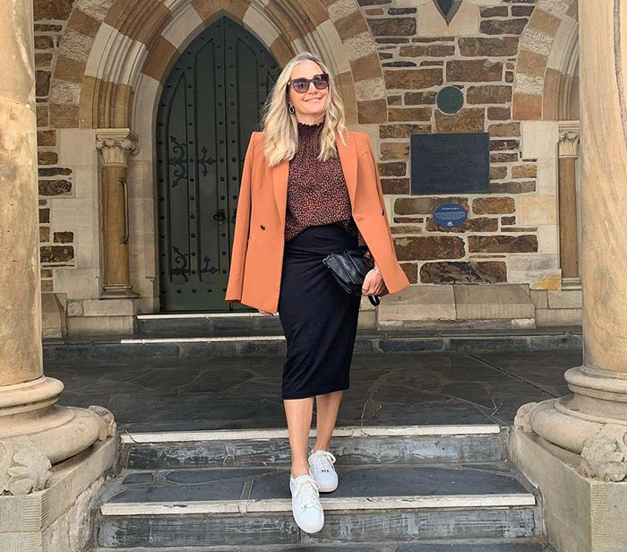 how to dress over 40 | Melinda mixes casual with formal
