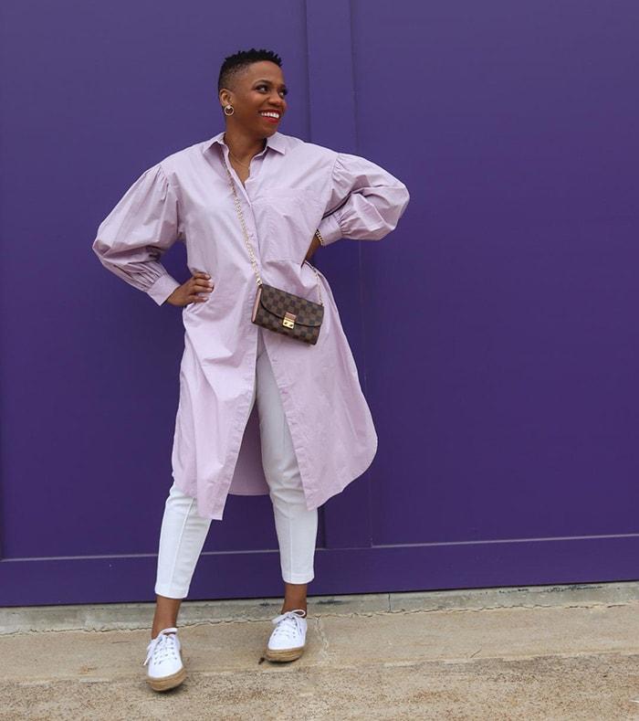 Psyche wears an on-trend shirt dress | 40plusstyle.com