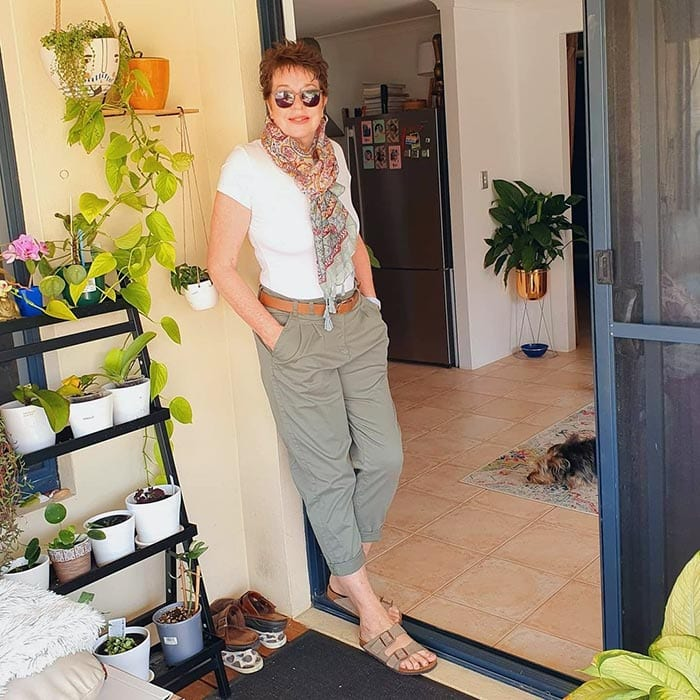 Ruth wears chinos   40plusstyle.com