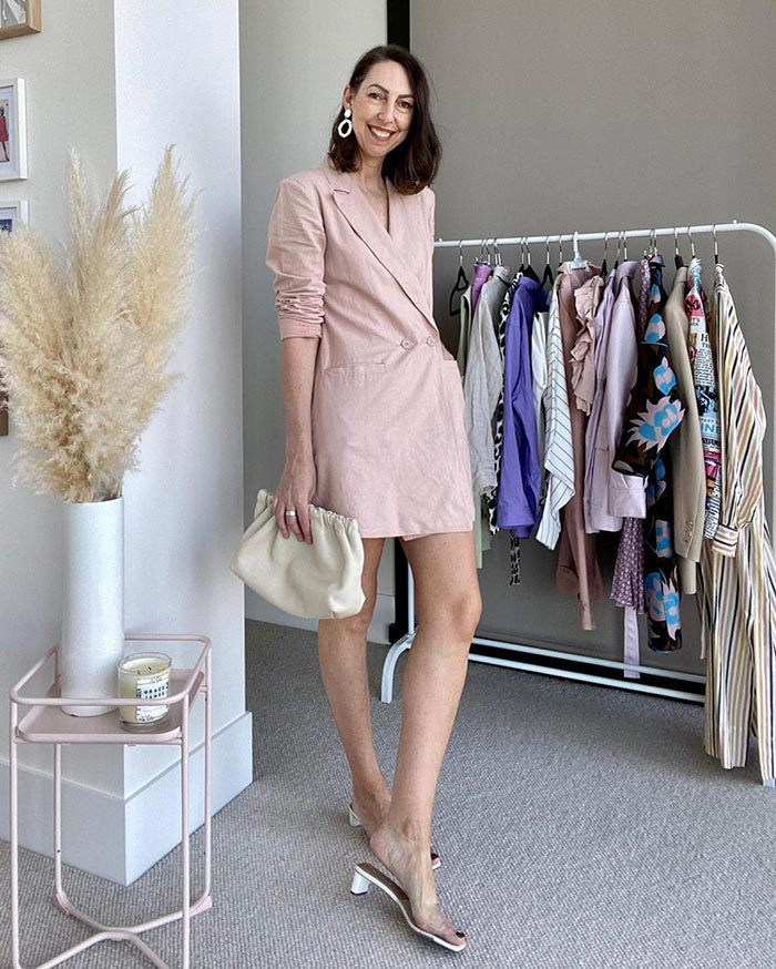 how to dress over 40 - Sally wears an all-neutral outfit | 40plusstyle.com