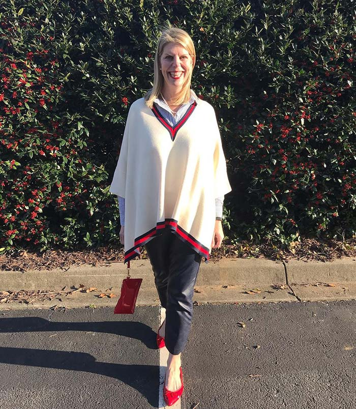 How to layer clothes - Alexis layers her poncho over her shirt | 40plusstyle.com