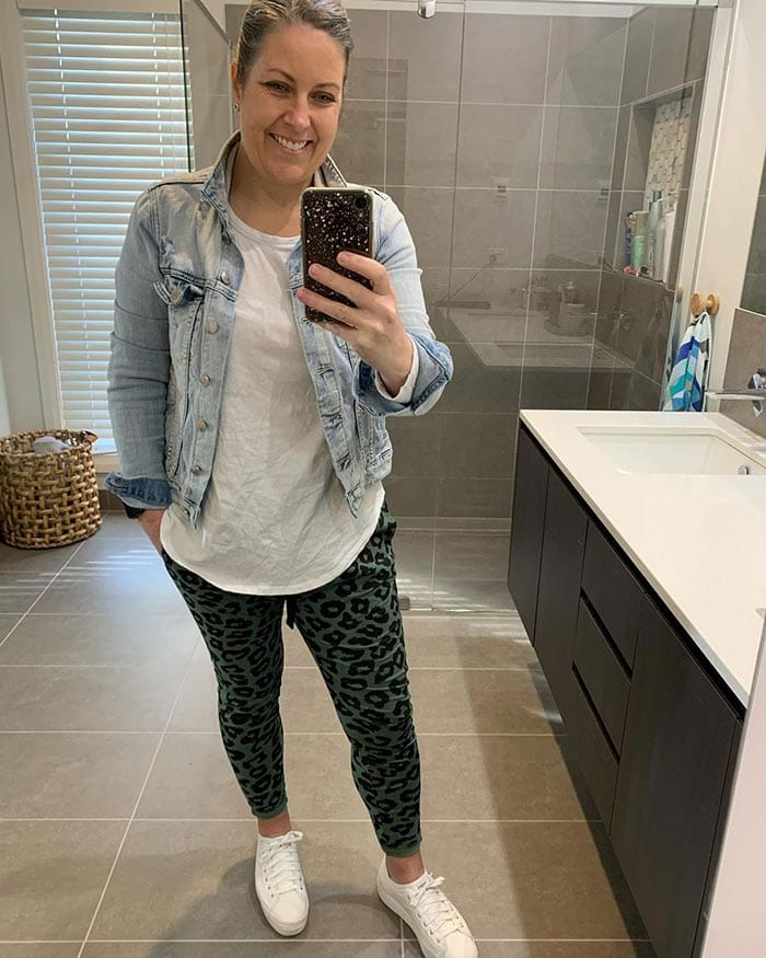 Beth wears a denim jacket over her t-shirt | 40plusstyle.com