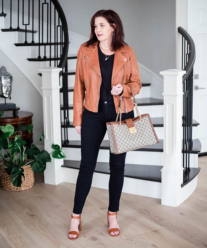 Dahlia in a tan leather jacket | 40plusstyle.com