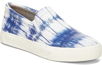 Naturalizer Aileen Slip-On Sneaker | 40plusstyle.com