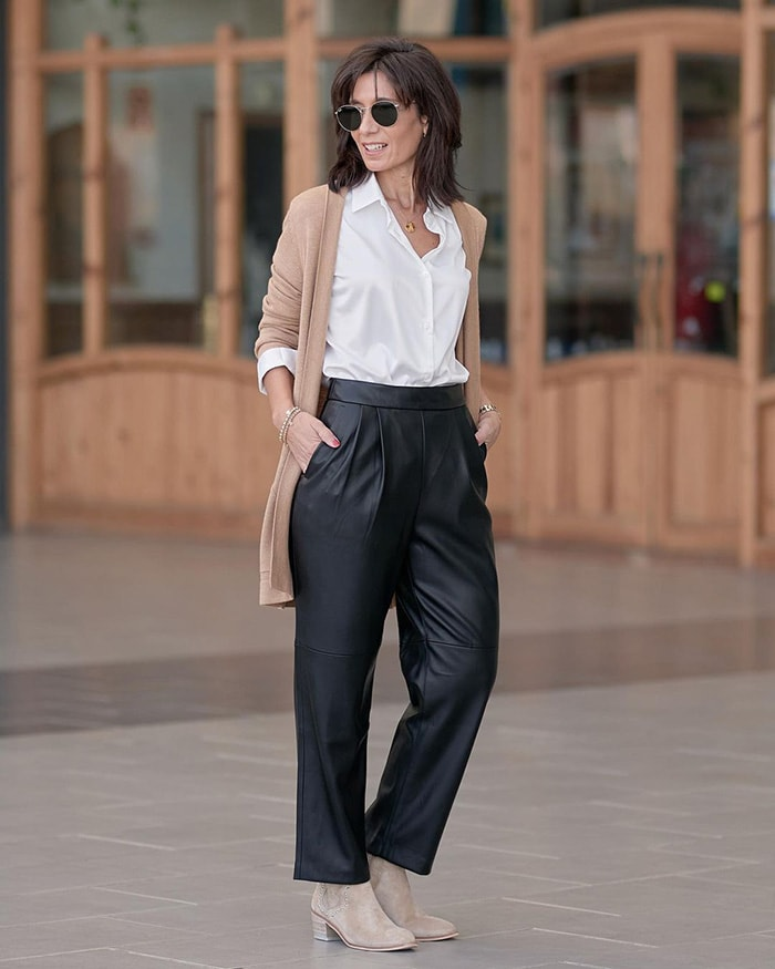 Invest in classic leather pieces for the classic style personality   40plusstyle.com