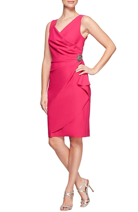 Mother of the bride dresses - Alex Evenings side ruched cocktail dress | 40plusstyle.com