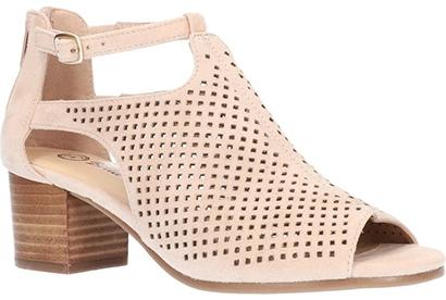 Best women's sandals - Bella Vita 'Amara' Sandal   40plusstyle.com