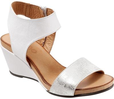 Bueno 'Ida' Wedge Sandal   40plusstyle.com