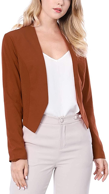 Allegra K cropped blazer | 40plusstyle.com