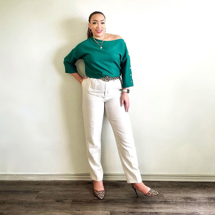 Best white jeans - Erica wears white and green | 40plusstyle.com