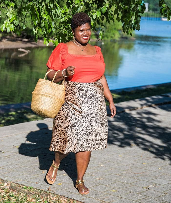 Skirts to fit a belly - Georgette in a bias cut skirt | 40plusstyle.com