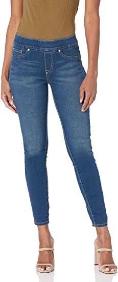 Signature by Levi Strauss & Co. Gold Label Totally Shaping pull-on skinny jeans | 40plusstyle.com