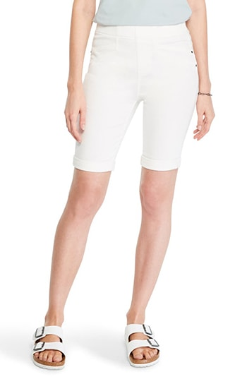 NIC+ZOE pull-on bermuda shorts | 40plusstyle.com
