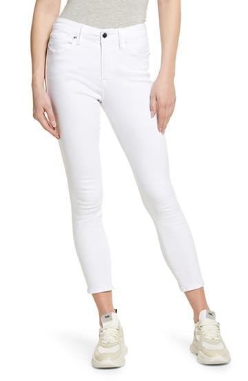 Good American skinny jeans | 40plusstyle.com