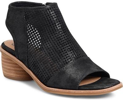 Best women's sandals - Söfft Coraline Sandal   40plusstyle.com
