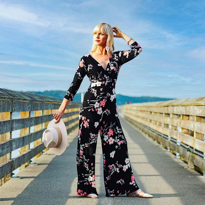 Summer jumpsuit for women - Catherine in a floral jumpsuit | 40plusstyle.com