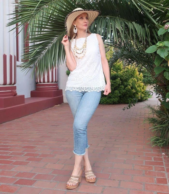 Dawn Lucy in jeans and a lace top | 40plusstyle.com
