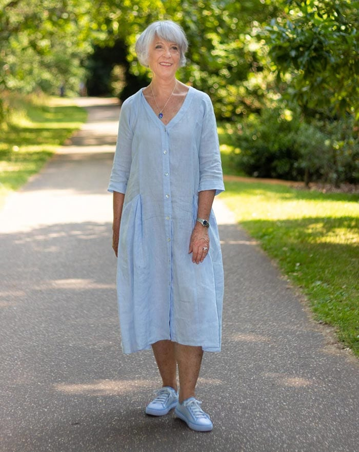 Best dresses to hide a tummy - Josephine in a shirt dress   40plusstyle.com