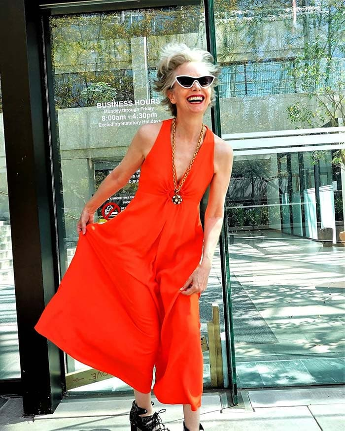 Summer jumpsuits for women - Mel in a red jumpsuit | 40plusstyle.com
